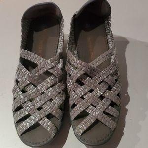 Cute silver woven shoe